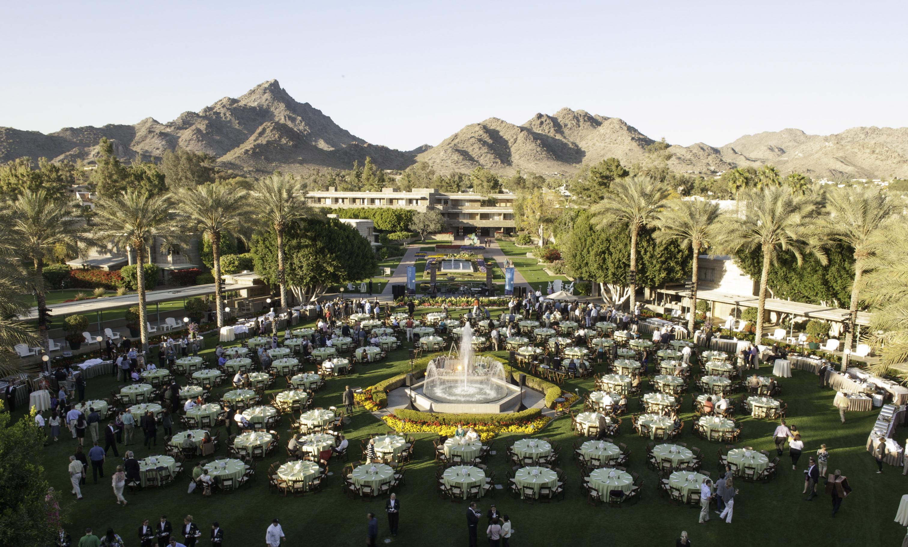 23- Lawn Dinner AZ - The Event Group®, Inc.
